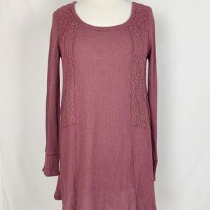 E by Eloise Size M Long Sleeve Pullover